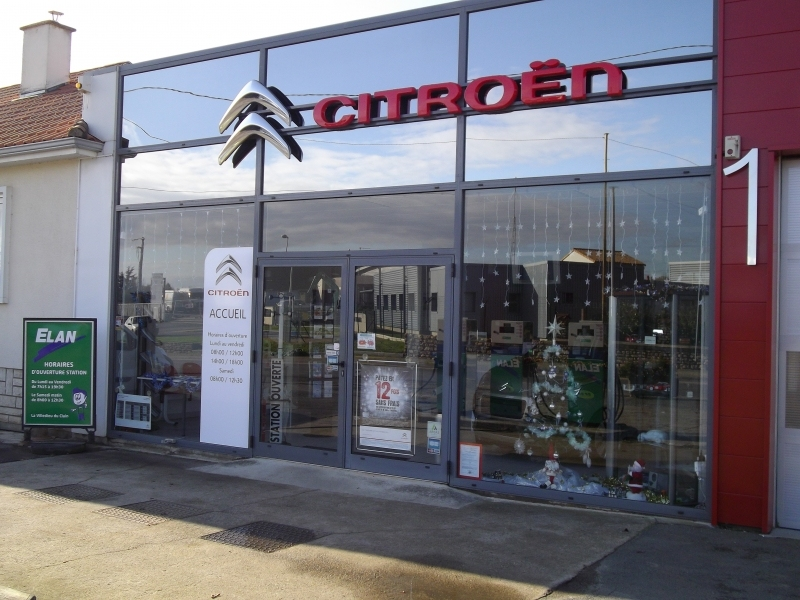 Garage citroen sr auto centre carbon cleaning for Garage poitiers clain